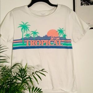 Let's Get Tropical graphic T-shirt 🌺
